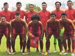 timnas-u-19-indonesia-saat-hendak-menghadapi-timnas-u-18-filipina.jpg