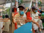 viral-perjuangan-kakek-yang-rela-bersepeda-15-km-demi-ikut-vaksin-covid-19.jpg