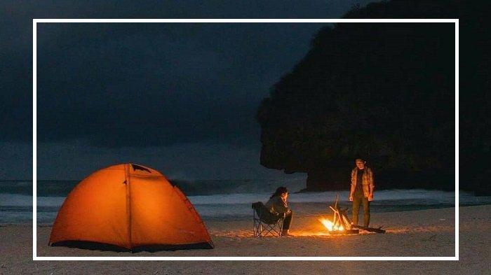 5 Tempat Nongkrong Antimainstream Terbaik di Yogyakarta, Ajak Pasangan Berkemah di Gunung Api Purba