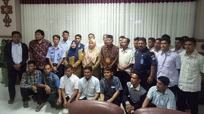 Setelah 2 Bulan Ditahan Militer Myanmar, 22 Nelayan Akhirnya Kembali ke Aceh