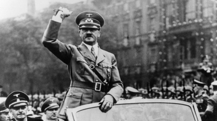 5 Kebiasaan Aneh yang Dilakukan Diktator Dunia, Ne Win Suka Mandi Darah Lumba-lumba