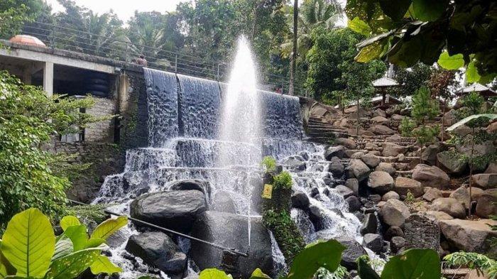Air Terjun Buatan Taman Batu Purwakarta