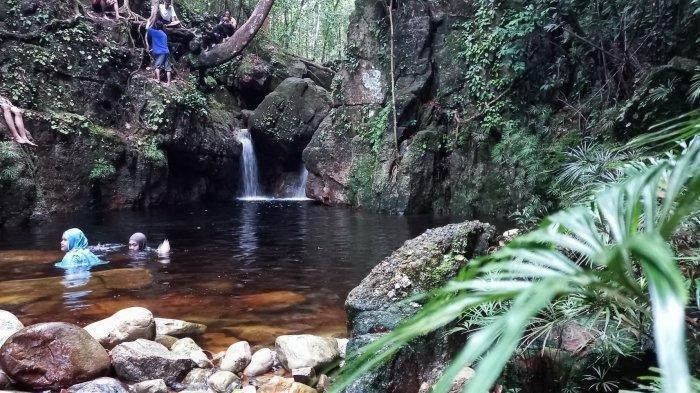 Air Terjun Lakedang di Bukit Maras Bangka Belitung, Lokasinya di Tengah Hutan dengan Air yang Jernih