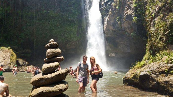 Pesona Air Terjun Tegenungan Gianyar dengan Nuansa Alam yang Indah saat Backpackeran ke Bali