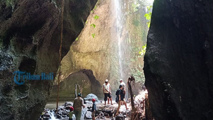 Air Terjun Tukad Krisik di Kabupaten Bangli, Destinasi Alam di Bali dengan Latar Gunung Agung