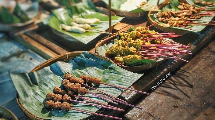 Cari Kuliner Malam di Yogyakarta? Coba Kunjungi 6 Angkringan Ini
