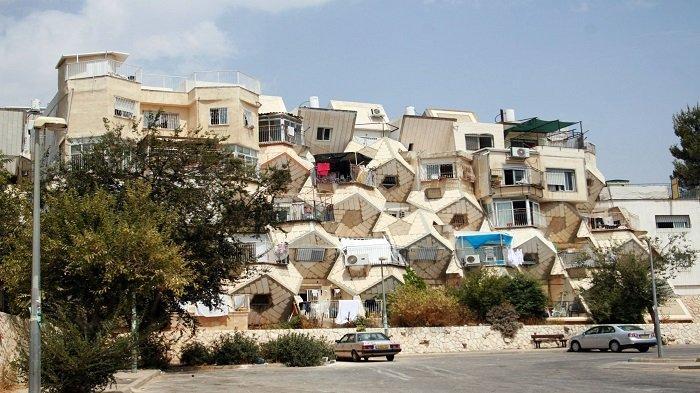 5 Bangunan Bersejarah di Yerusalem dengan Arsitektur Menawan, Ada Apartemen Mirip Sarang Lebah