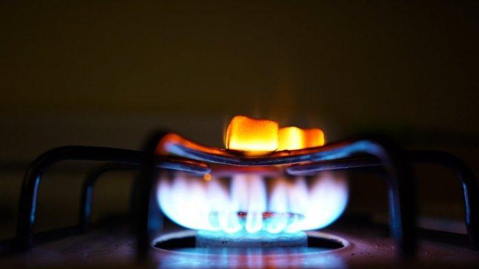 Ilustrasi api kompor suhu tinggi