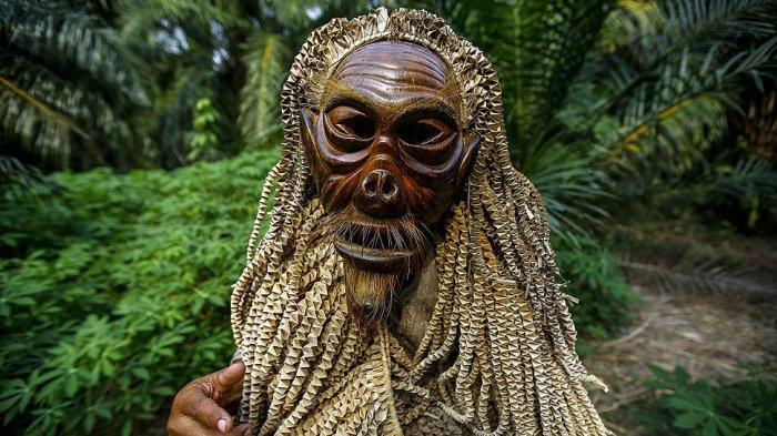 Bukan Cuma Suku Toraja, 8 Negara Ini Juga Punya Perayaan Kematian Isinya Bikin Merinding