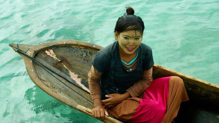 Bajau, Suku Unik yang Sering Terlihat di Perairan Indonesia Namun Tak Miliki Kewarganegaraan