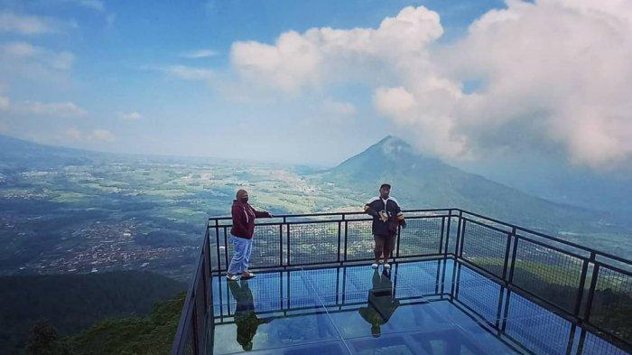 Awang Awang Sky View,  Wisata di Magelang yang Menawarkan Spot Foto Berlatar 4 Gunung di Jawa Tengah