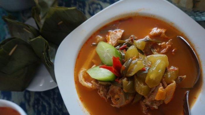 Ayam Kesrut, kuliner khas Banyuwangi