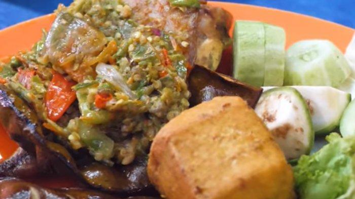 Ayam Sambal Pecak Masto, Kuliner Viral nan Pedas di Bekasi yang Cocok Disantap Malam Hari