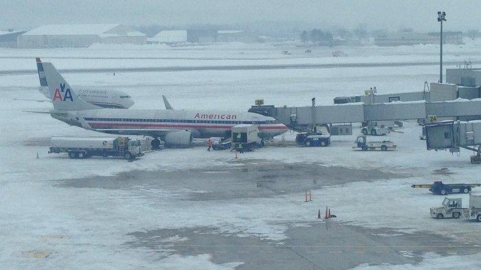 Akibat Badai Salju, Ribuan Penerbangan di Area New York Terpaksa Dibatalkan