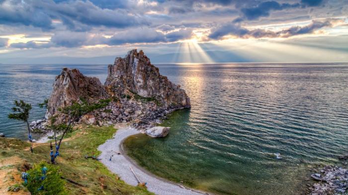 15 Fakta Unik Danau Baikal, Danau Terbesar yang Berada di Negara Tuan Rumah Piala Dunia 2018