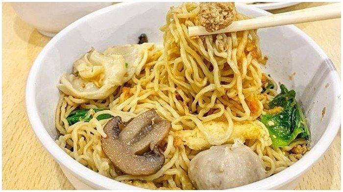 Cicipi Lezatnya Bakmi Gocit, Kuliner Legendaris di Jakarta yang Ada Sejak 1983
