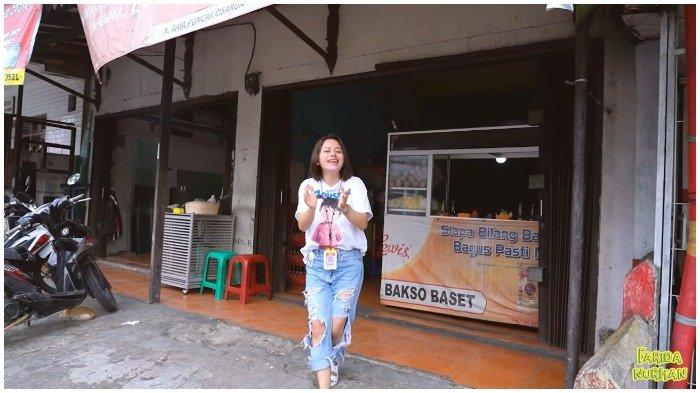Farida Nurhan, Berkesempatan mendatangi Bakso Setan Pak Aep, Bogor, Jawa Barat