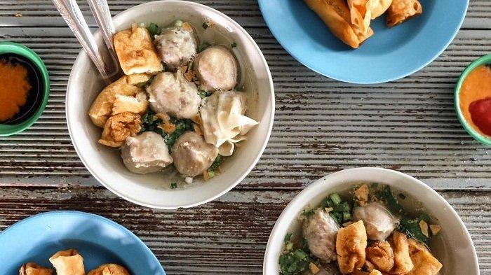 Menikmati Kelezatan Bakso Keju Cak Min, Kuliner Langganan Crazy Rich di Surabaya