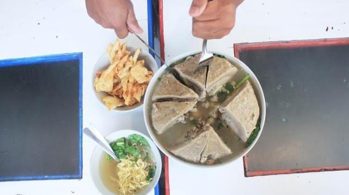 4 Tempat Makan Bakso di Jogja, Berani Cicipi Bakso Jumbo Seberat 20 Kg?