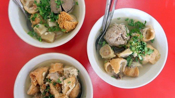 Rekomendasi 7 Tempat Makan Bakso di Medan yang Enak untuk Makan Siang