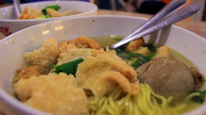 Bakso Pak Kumis dan 5 Tempat Makan Bakso di Semarang yang Enak untuk Makan Siang