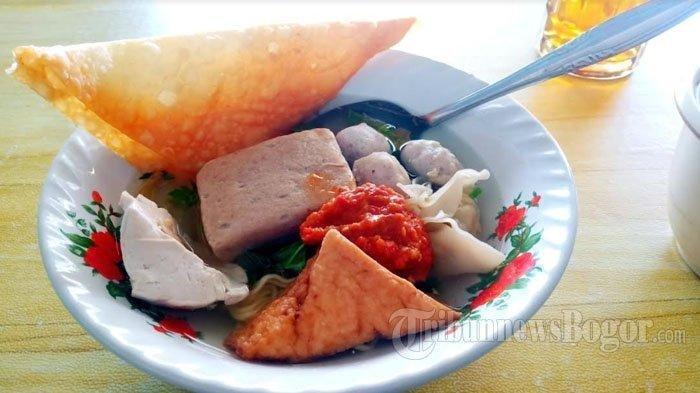 Ilustrasi sajian kuliner bakso Malang