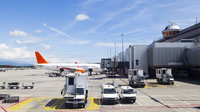 Aturan Terbaru Bagi Pelaku Perjalanan Internasional, Wajib Karantina 5 Hari