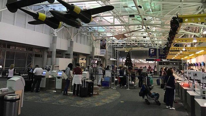Ilustrasi - penumpang yang terlambat dalam penerbangan.