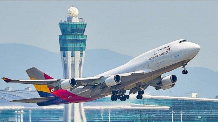 Fakta Penerbangan : Bukan Asal Diwarnai! 5 Alasan Pesawat Komersil Berwarna Putih