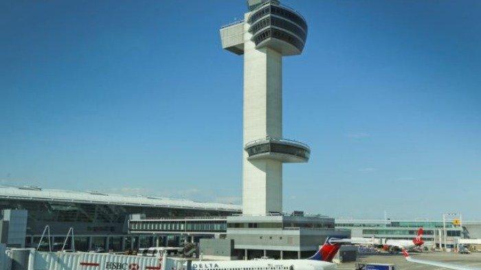 Bandara Internasional John F. Kennedy di New York, Kamis (31/12/2020).