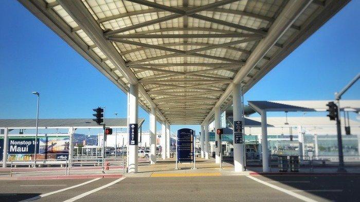 Kesal karena Pesawat Delay, Penumpang Ini Ancam Ledakkan Bom di Bandara