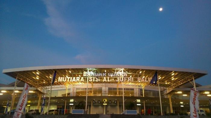 Runway Retak Sepanjang 500 Meter Akibat Gempa, Bandara Palu Ditutup Sementara