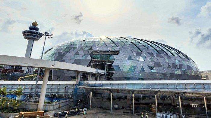 Transit di Bandara Changi Singapura? Ini 3 Tempat Makan Murah yang Harus Diketahui