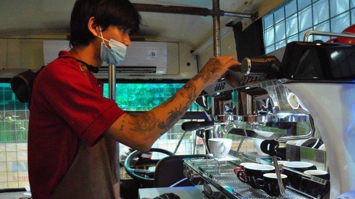 Shaf Coffee Bogor, Tawarkan Sensasi Menikmati Hangatnya Kopi di Dalam Bus
