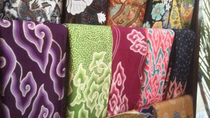 6 Destinasi Belanja Baju Batik di Jakarta saat Liburan Akhir Pekan