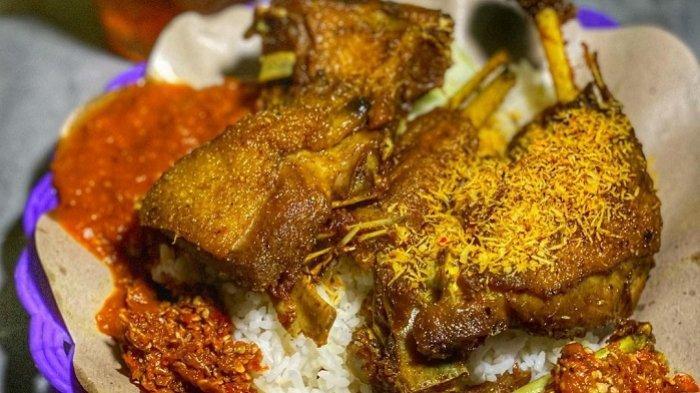 Bebek Tugu Pahlawan dan 7 Kuliner Malam di Surabaya yang Terkenal Enak