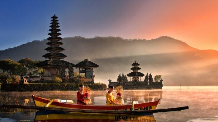 Foto-foto Pura Ulun Danu Beratan Bali, Jadi Ikon Pariwisata Pulau Dewata