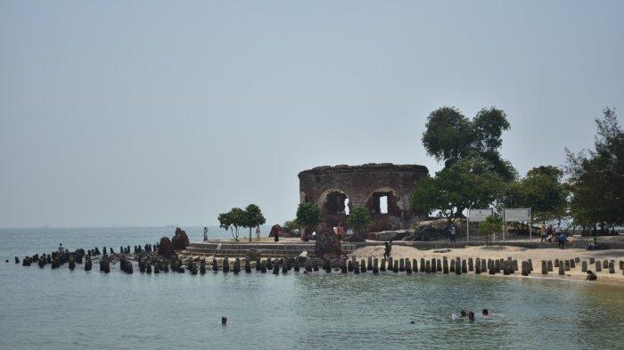 Serunya Liburan ke Pulau Bidadari, Bisa Jelajahi Benteng Martello yang Bersejarah