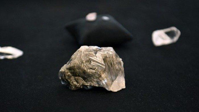 Penambang Kembali Temukan Berlian Terbesar di Dunia Lebih dari 1.000 Karat