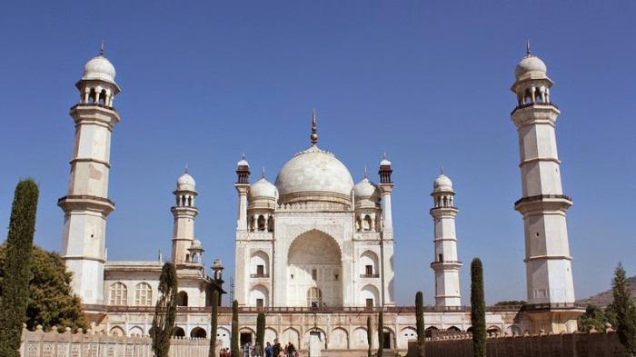 Fakta Unik Bibi Ka Maqbara, Kembaran Taj Mahal yang Punya Struktur Bangunan Megah dan Mengesankan