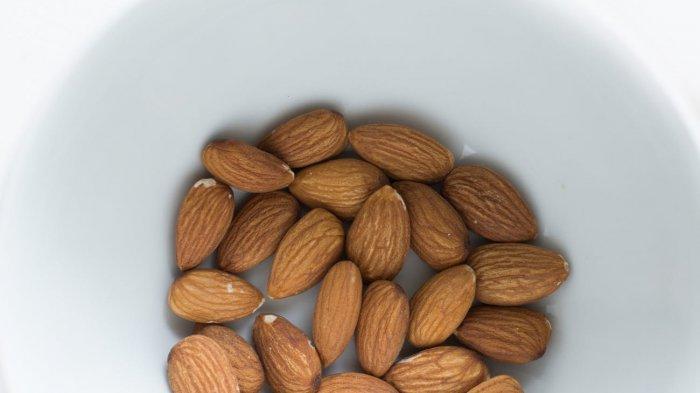 Ilstrasi Kacang almond untuk menurunkan kolesterol