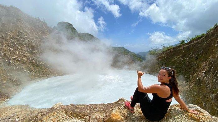 4 Danau Paling Berbahaya di Dunia, Berani Mengunjungi Boiling Lake?