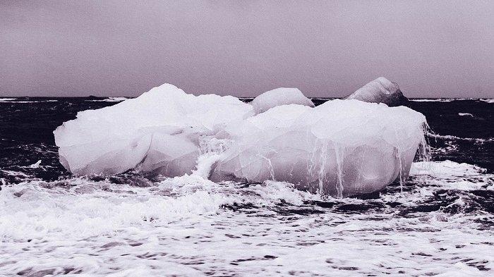 Bongkahan Gunung Es Sebesar Kota New York Terpisah dari Benua Antartika