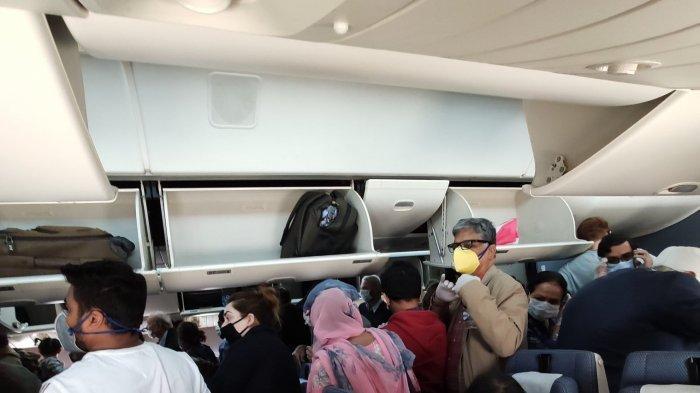 Kondisi Pesawat Penuh, Penumpang Ini Protes dan Unggah Foto Penerbangan Layaknya 'Ikan Sarden'