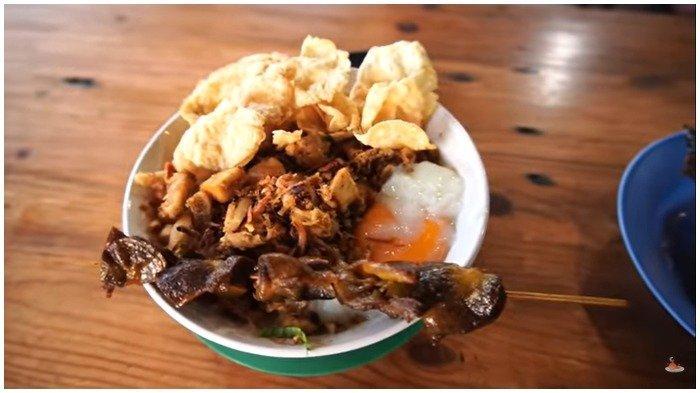 Sebelum Liburan ke Taman Margasatwa Ragunan, Ini 5 Bubur Ayam Enak di Jakarta untuk Menu Sarapan