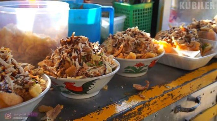Bubur Ayam Porsi Jumbo Laris Manis di Depok, 200 Porsi Ludes dalam 5 Jam