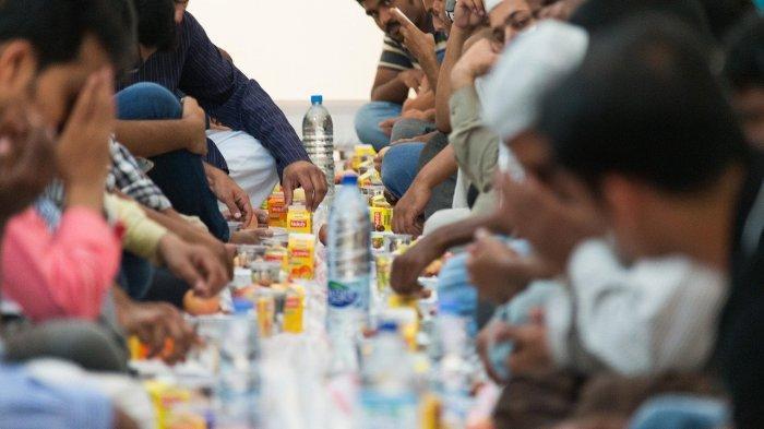 Buka puasa di bulan Ramadan