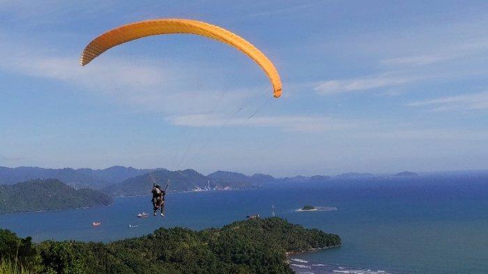 TRAVEL UPDATE: Harga Tiket Masuk dan Rute Menuju Bukit Gado-gado Padang