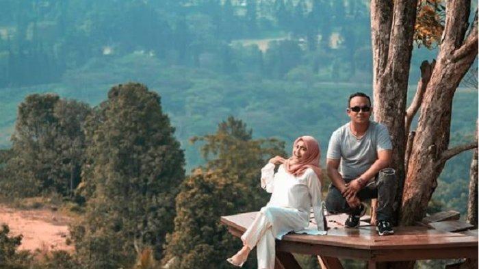 Salah satu spot foto Instagramable di Bukit Geulis, Bogor.