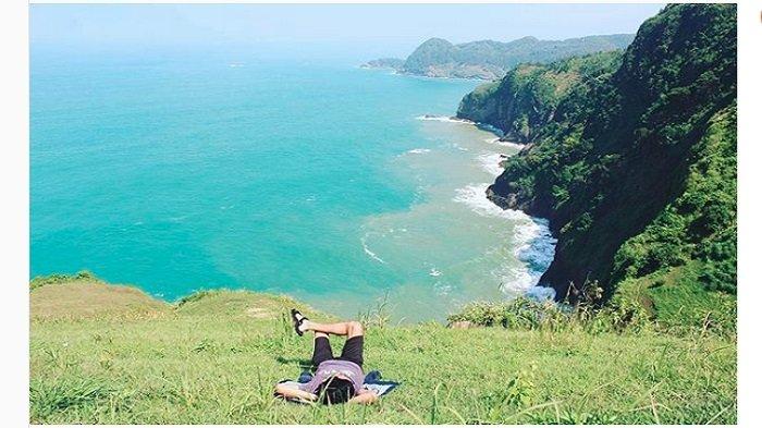 Explore 8 Bukit Tepi Laut Kebumen yang Hits di Instagram, Cara Seru Menikmati Pantai dari Ketinggian